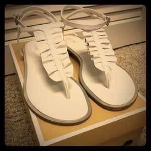 MICHAEL KORS Bella Thong Sandal! Like New!